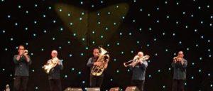J. V. Climent tocando con Spanish Brass