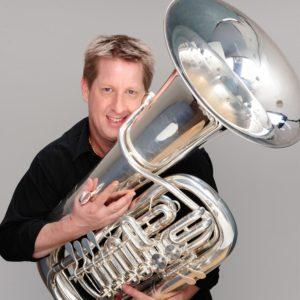 Steve Rossé es el creador de TubaMania.com