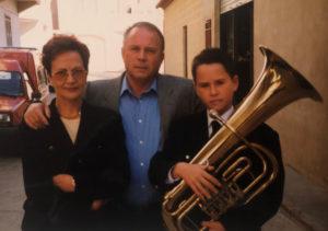 Jose Martínez tuba One en su primera actuación en la banda de Chevla
